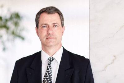 """ePharmaInsider: """"Herausforderung & Chance"""" Interview mit Dr. Fritz Gamerith - Portraitbild von Dr. Fritz Gamerith, CEO von Schwabe Austria – © Johannes Hloch"""